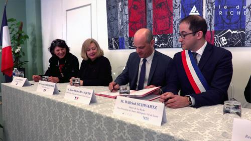 Signature du Plan Mercredi avec M.le Ministre de l'Education Nationale